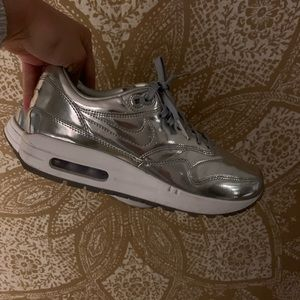 Metallic Nike air max